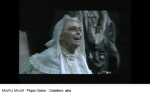 dame de pique comtesse
