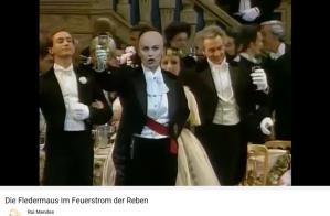 Strauss J Fledermaus Champagne