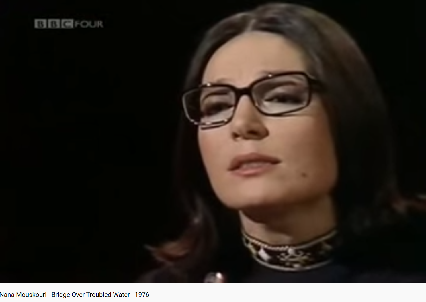 Nana Mouskouri Like a bridge over troubled water